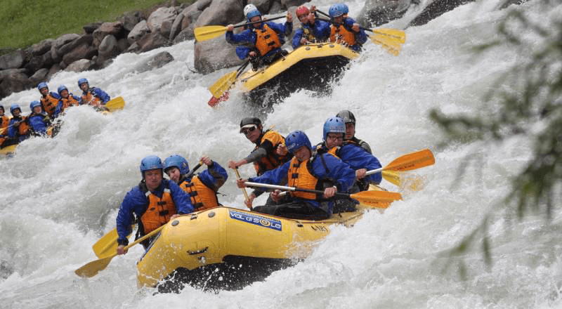 rafting: team building aziendale