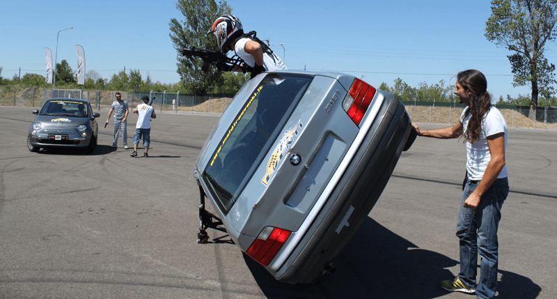 stunt experience: team building aziendale