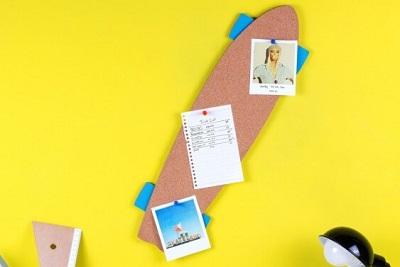 gadget ufficio bacheca skateboard